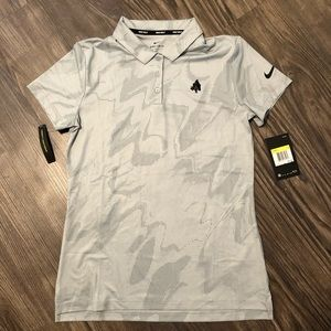 New With Tags Nike Golf Shirt, Small